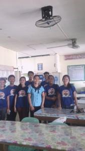 Die SchülerInnen der Antonio Esguerra Memorial National High School freuen sich über maninoys Unterstützung, denn mit der richtigen Ausrüstung lernt es si